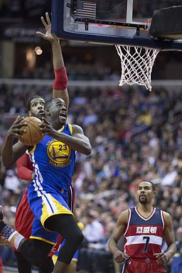 Draymond_Green_against_Washington